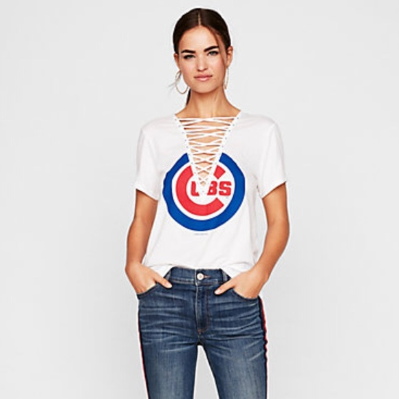 6d16747b655352 Chicago Cubs Lace Up Tee